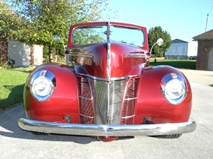1940 Ford Deluxe Club Coupe Convertible