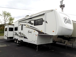 2008 Forest River Cardinal 5th Wheel Camper (35)